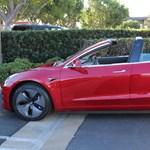 Csendben kabriózni: itt a nyitható tetős Tesla Model 3