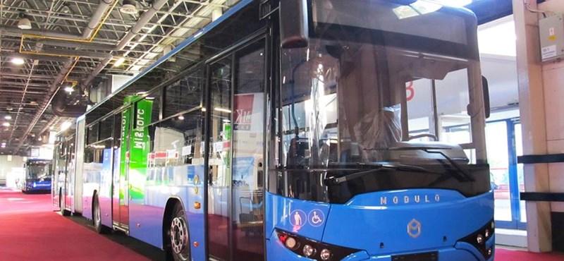 Népszava: hiányos az új metrópótló buszok típusengedélye