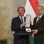 Magyar származású dollármilliárdost tüntetett ki Orbán