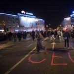 A héten ismét lehet tüntetni a CEU mellett