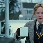Jennifer Lawrence is küzd az időjárással Budapesten - lefotózták