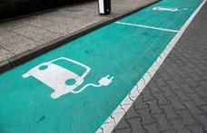 Már közel 22 ezer zöld rendszámos autó van forgalomban