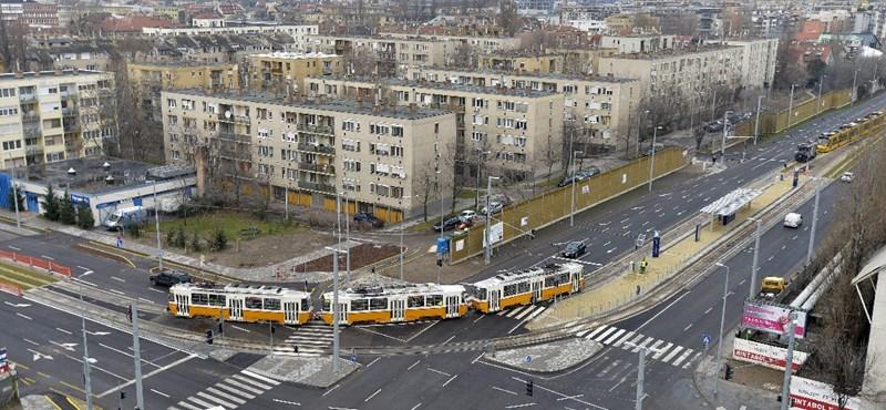Már Újbudáig jár az 1-es villamos – fotók