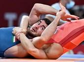 Po zlati bronasti medalji kajakašev in vaterpolu sta Mysukayev Ismail in Adam Marosi iz minut v minuto dosegla točke glede iger v Tokiu.