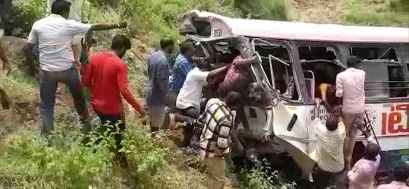 Súlyos buszbaleset történt Indiában