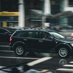 Hogyan húzzunk hasznot a bunkó autósokból?