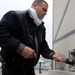 Pár száz forintért nyúl a kéményseprők után a kormány