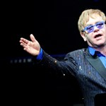 Koncerttel lepte meg Elton John az Oscar-gálára váró Hollywoodot