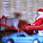 Videó: idén mini Ken Block a karácsonyfa körül csapatja