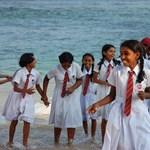 Képek: iskolai egyenruhák a világ körül