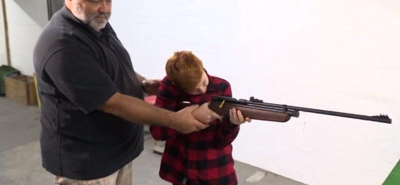 Tiltakoznak a szülők, tanárok az iskolai lövészet ellen