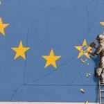 Civileket támogat a titokzatos brit képzőművész, Banksy