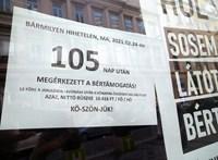 Fejenként havi 10 ezer forint lett az állami bértámogatás a járulékok levonása után a Jedermann kávézónál