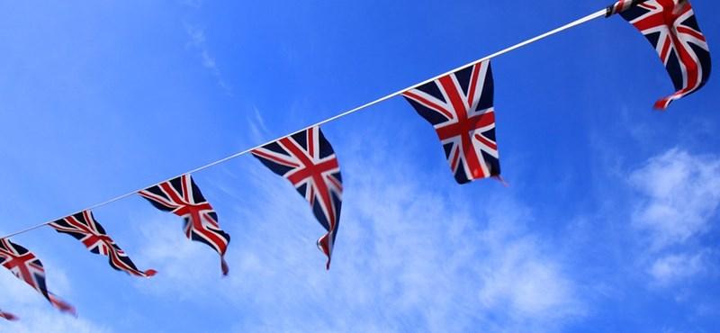 Sokkal rugalmasabbak a brit iskolák a vizsgákkal kapcsolatban