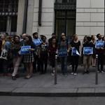 """""""Aljas és kicsinyes támadás"""" – a könyvfesztiválra időzítették CEU-s tiltakozásukat a szépírók"""