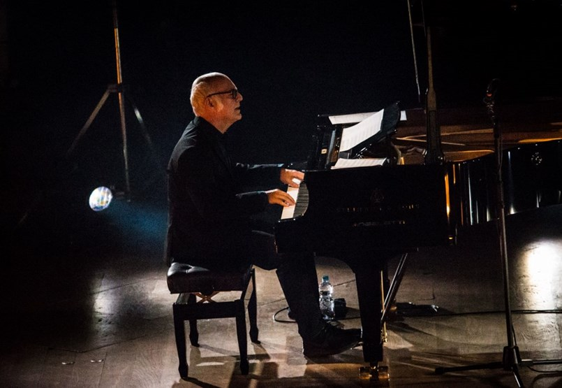 Nem jelölhette az akadémia, pedig két Oscar-díjas filmért is nagyon sokat tett Ludovico Einaudi