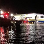 Folyóba csúszott egy landoló repülő Floridában