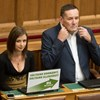 Orbánnak már nincs szüksége mind a 133 bátor emberére a kétharmadhoz