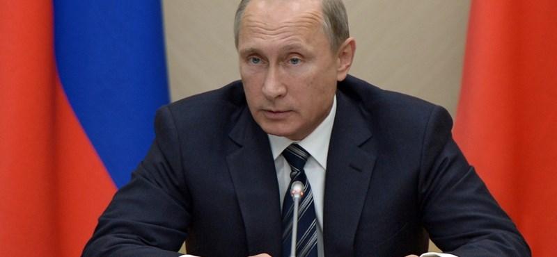Putyin száműzi a Microsoftot és társait, spórol vele 300 millió dollárt
