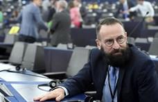 Szájer megerősítette, hogy jelen volt a pénteki bulin