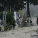 Bizarr kikapcsolódás: temetőturizmus Európában - videók
