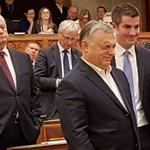 Csoda a Parlamentben: csatát nyert az ellenzék