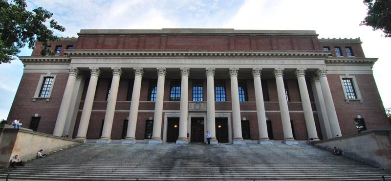 Tömeg lenne a Harvardon, ha mindenhol eltörölnék a tandíjat