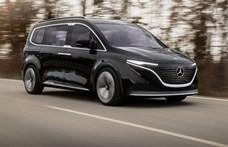 Képeken a Mercedes elektromos családi busza