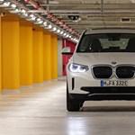 Feszültségkeltés Budapesten: kipróbáltuk az első kínai elektromos BMW-t, az iX3-at