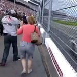 Ilyen a menetszél és a hangorkán a NASCAR pálya mellett - videó