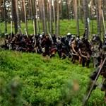 Több száz hobbitfanatikus csatázott egy cseh erdőben - fotók