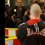 Harcos Hungary pulóverben tűnt fel egy férfi a neonáci tárgyalásán