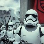 A francia mozikban tilos lesz a fénykard és a Darth Vader-maszk