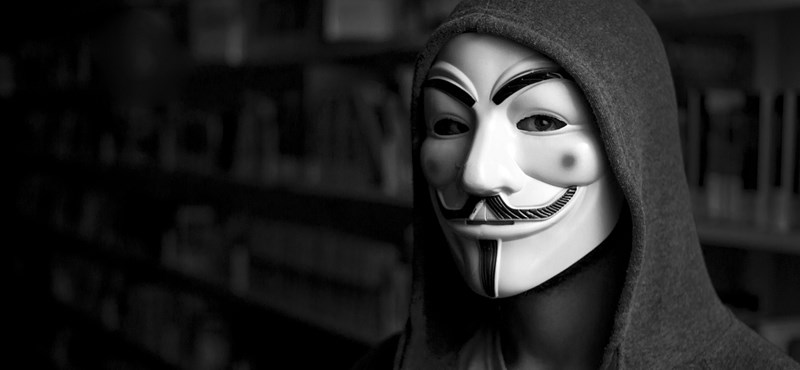 Az Anonymous magyar tagjait ellenőrzik, bár külföldről jött a fenyegetés