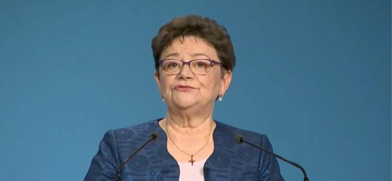 Álhírezéssel vádaskodva magyarázza Müller Cecília szavait a Koronavírus Sajtóközpont
