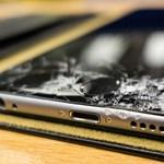 Aunque la pantalla de tu móvil está rota, muchas personas continúan usándola