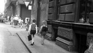 Ingázó diákok: rosszabbul teljesítenek, mint akiknek közel van az iskola?