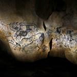 Fotók: Teljesen lemásolták Európa legősibb barlangrajzait és barlangját