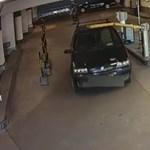 Videó: a lehajtott sorompó nem volt akadály a debreceni autósnak
