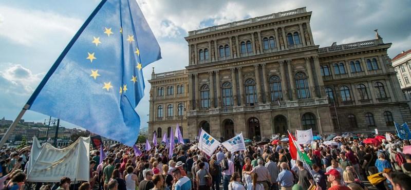 MTA: Ismét figyelmezteti a magyar kormányt az Európai Bizottság