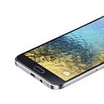 Új okostelefonok: itt a Samsung Galaxy E család