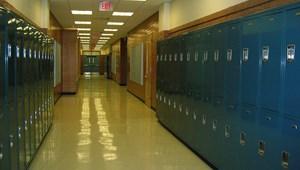 Három napra felfüggesztették az oktatást egy bukaresti iskolában