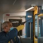 Közlekedés az ünnepek alatt: kisokost adott ki a MÁV és a Volánbusz
