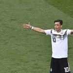 Kiesnek a németek? Az Adidas részvényei a csapattal együtt esnek