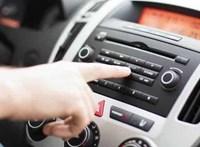Szabálysértés lett Erzsébetvárosban, ha egy taxiban túl hangos a zene