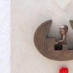Seress Rezső a Kispipa mellett kapott miniszobrot