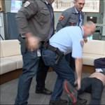Ügyészség: A képviselők tévéostrommal fenyegetőztek, négy képviselő a fegyveres őrökre támadt