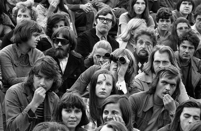 e! 1974. Magyarország, Budapest XIV. Istvánmezei út, Kisstadion. Minden múlt a múltam kiállítás MNG