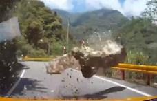 Szupermázlista autós, akit centikkel kerültek el a hegyről lezúduló sziklák földrengés után – videó