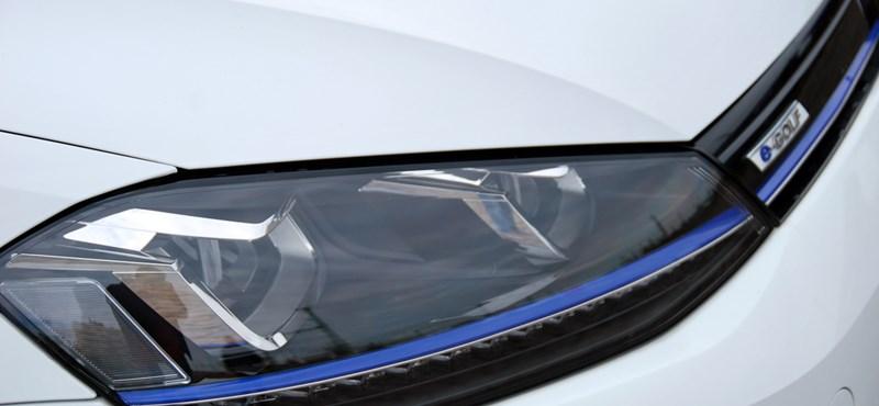 Váltana elektromos autóra, ha egy 10 milliós autó árából hárommilliót engednek?